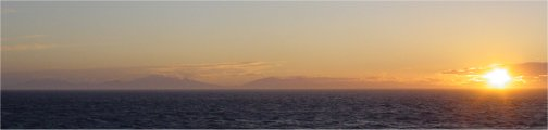 sunset_ferry_02.jpg (8228 bytes)